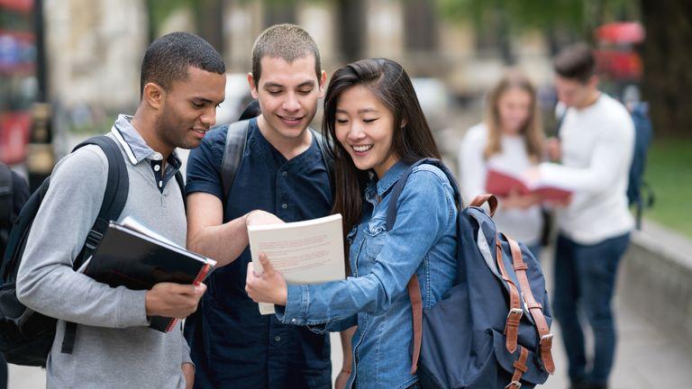 15 Best Job Websites for Students